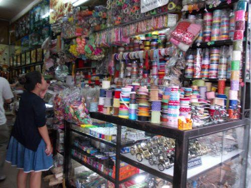 Cửa hàng thủ công mỹ nghệ Ngàn Thông